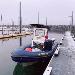 waiting to scuba outside anchorage alaska